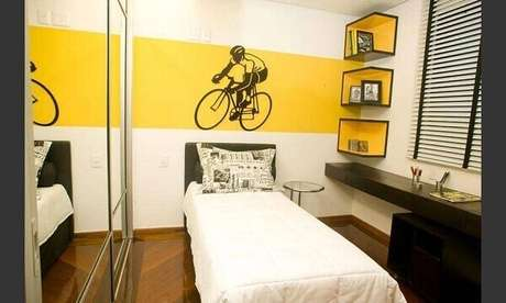 20- Os nichos de parede para quarto seguem os mesmos tons da decoração do dormitório. Fonte: Pinterest