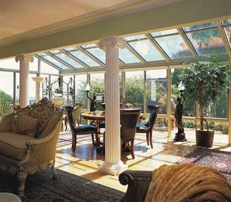 41. Ambiente integrado com teto de vidro – Fonte: Motta Envidraçamento