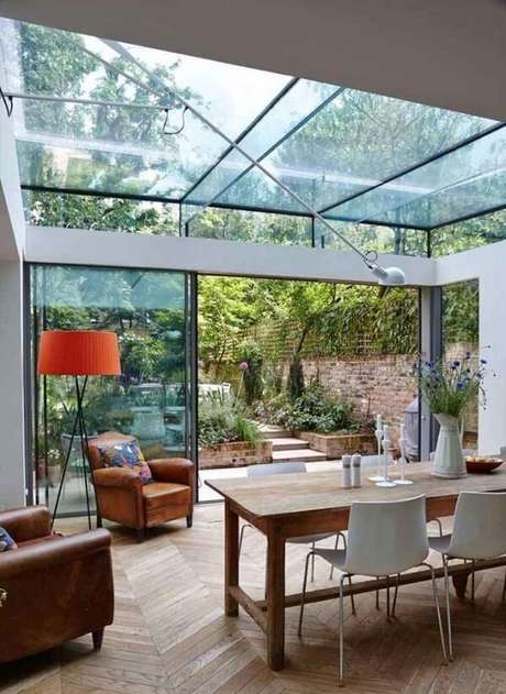 45. O vidro consegue somar luminosidade e transparência – Fonte: Total Construção