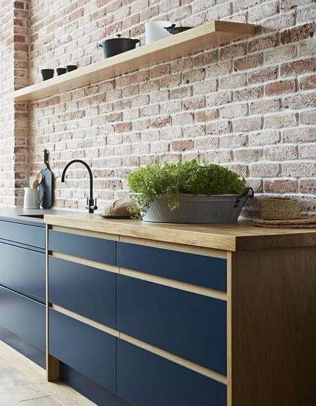 69. Cores para cozinha azul – Via: Revista VD