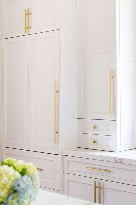 74. Cores para cozinha branca – Via: Revista VD