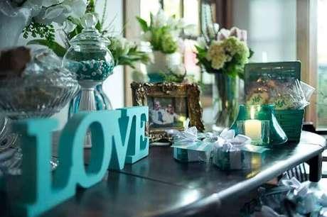 14- Decoração de noivado nas cores azul tiffany é uma tendência. Fonte: Pinterest
