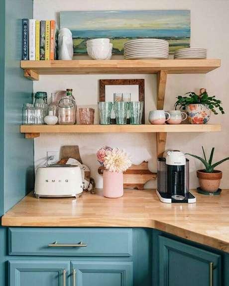 62. Detalhes de cores para cozinha retrô – Foto: Pinterest