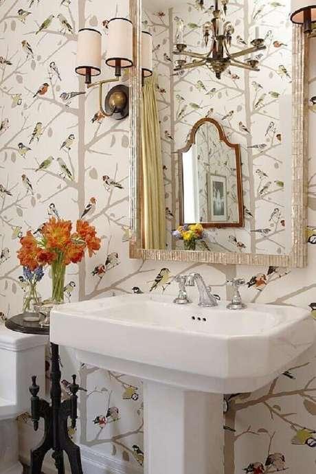 2. A pia para banheiro pequeno pode ser feita em diferentes tipos de materiais – Foto: Sarah Richardson Design