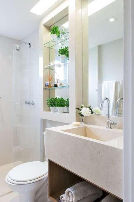 30. Decoração clean com pia esculpida para banheiro pequeno todo branco – Foto: Só Decor