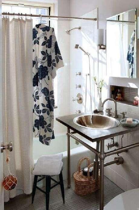 48. Decoração com pia para banheiro pequeno e simples – Foto: Houzz