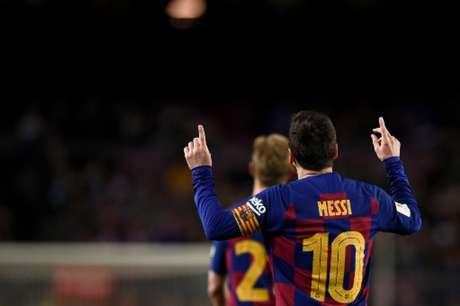 Messi brihou em mais uma partida e Barcelona se classificou (Foto: Josep LAGO / AFP)