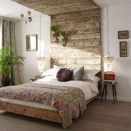 6. Está procurando por modelos de quarto bem aconchegante? Então invista em um quarto rústico – Foto: Small Design Ideas