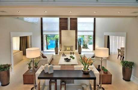 17. Persiana para sala de estar moderna – Projeto: Quitete Faria