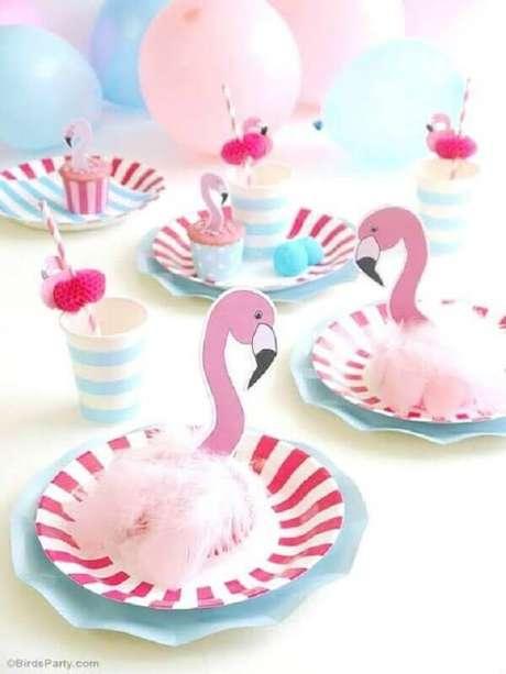 39. Decoração de festa flamingo simples e minimalista – Foto: It Party