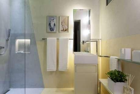 45. Espelho para banheiro iluminado. Projeto de Casa Cor Bahia 2017