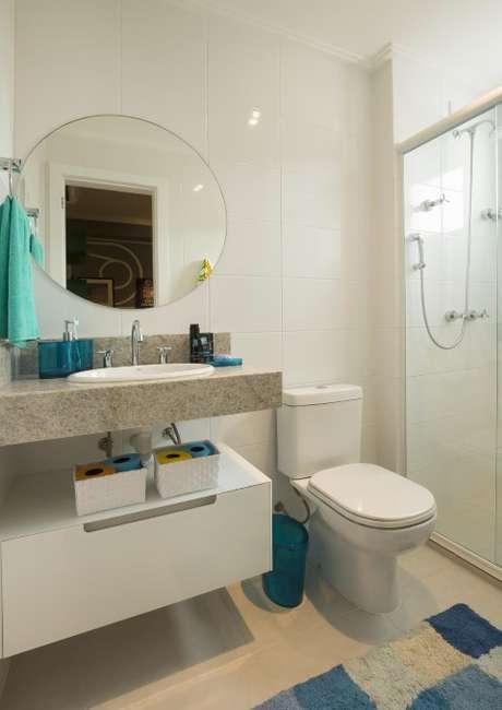 42. Espelho para banheiro redondo. Projeto de Juliana Pippi