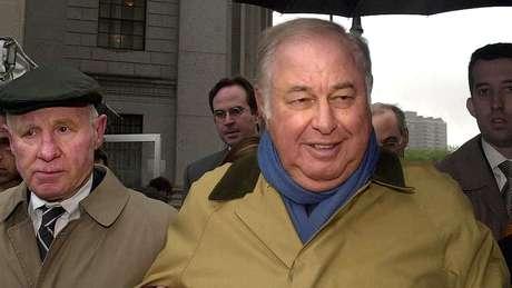 Alfred Taubman foi condenado por manipular as comissões da casa de leilões Sotheby's.