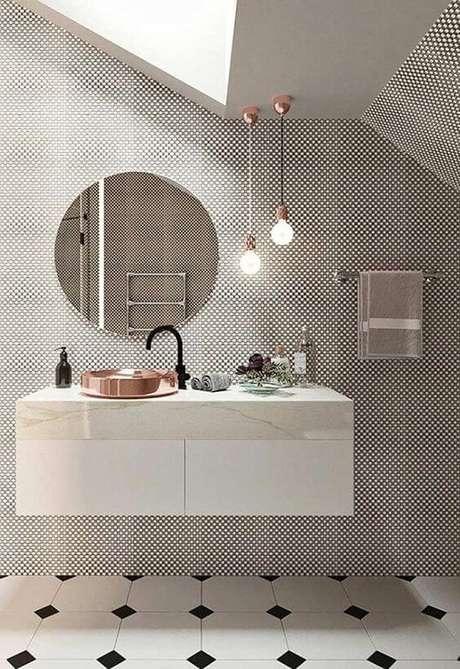 45. Cerâmica para banheiro preto e branco – Via: Casa Vogue