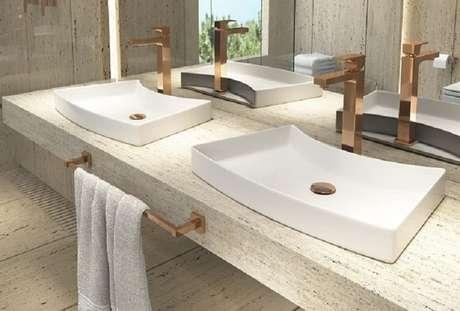 41. Cuba para banheiro de sobrepor deixa o ambiente moderno e sofisticado. Fonte: 3HAUSS Arquitetura