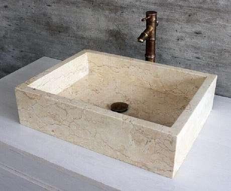 44. Cuba para banheiro em mármore. Fonte: Pinterest
