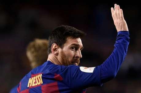 Messi está em rota de colisão com a diretoria do Barcelona e criticou Abidal nesta semana (Foto: Josep LAGO / AFP)