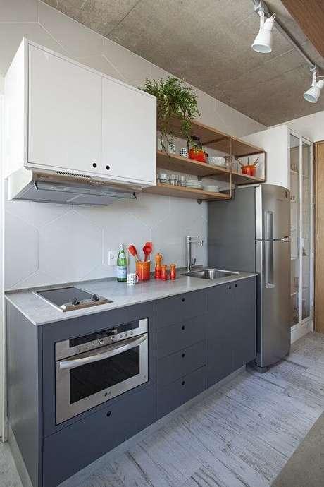 15. Armário de cozinha aéreo branco – Foto: Archdaily