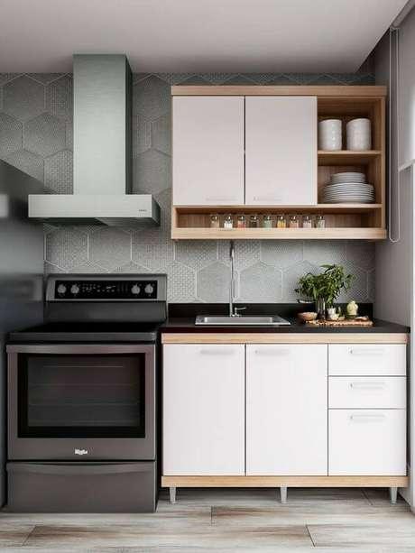 24. Armário de cozinha de parede – Foto: Juliana Lima