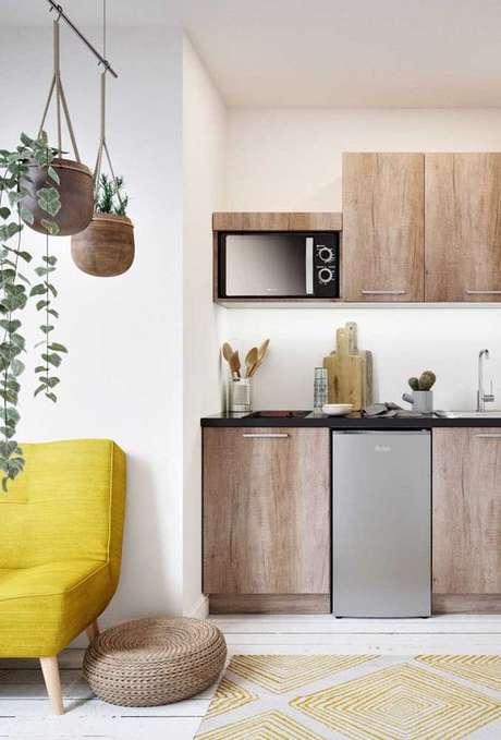 42. Armário de madeira para cozinha moderna – Via: Ideias Decor