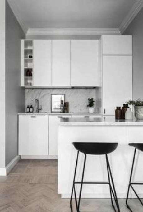 61. Armário de cozinha pequena e simples – Via: Decor Fácil