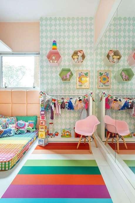 18. Brinquedoteca colorida e confortável para a decoração – Foto: Blog Mooui