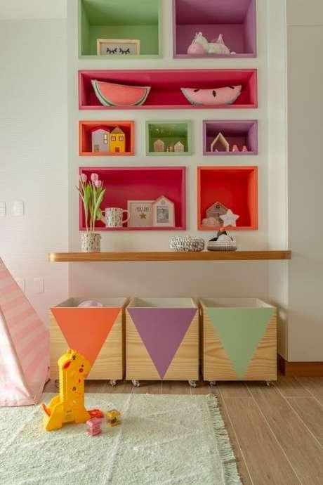27. Brinquedoteca colorida pequena – Foto: Na Toca Design