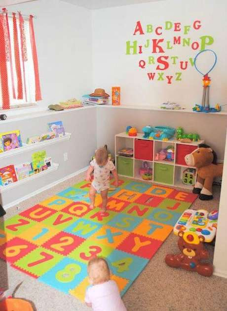 60. Espaço para guardar os brinquedos infantis – Via: Casare