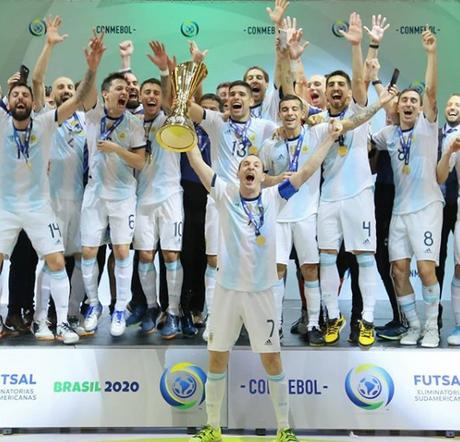 A Argentina é atual campeã do mundo no futsal (Foto: Reprodução/ Conmebol)