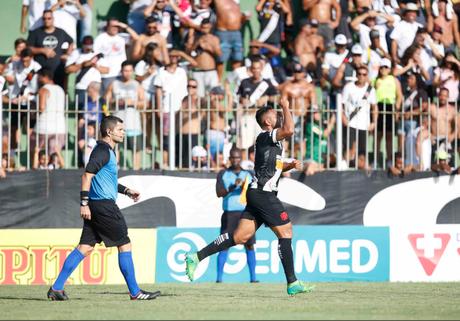Werley comemorando um de seus gols (Foto: Divulgação/Vasco)