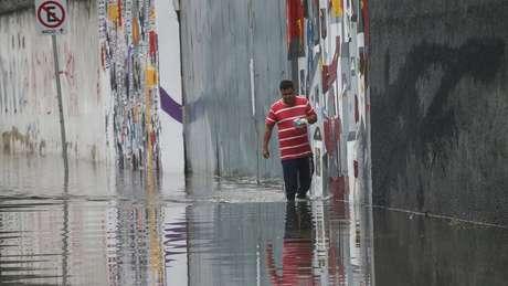 Para especialista, grandes municípios brasileiros não foram planejados para 'respeitar os ciclos hidrológicos da natureza'