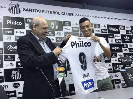 Uribe deixará de vestir a camisa 9 e passará a usar a 20 (Arthur Faria/LANCE!)