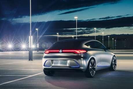 O Mercedes EQA é baseado no Classe A e terá alcance de 400 km.