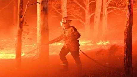Os custos de eventos intensificados pelas mudanças climáticas, como os recentes incêndios na Austrália, podem ter um efeito cascata