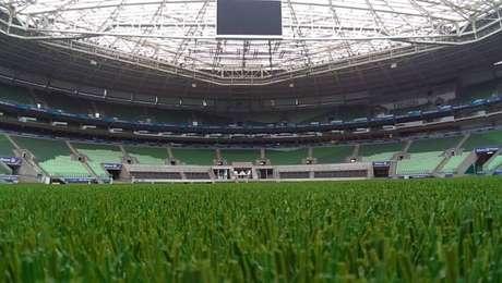 Novo gramado sintético do Allianz Parque foi instalado no início deste ano