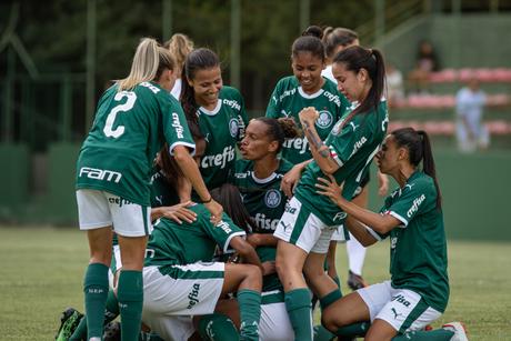 Palmeiras venceu a primeira no Brasileiro feminino (Foto: Divulgação/Palmeiras)