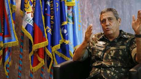 Antes de assumir a intervanção no Rio, o próprio Braga Netto (acima, em 2018) disse que via 'com reservas' a atuação das Forças Armadas na segurança pública urbana
