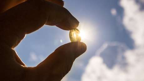 Entidades médicas têm recomendações bem claras sobre suplemento de vitamina D — e elas não valem pra qualquer pessoa