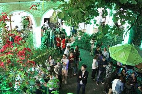 Goethe-Institut de São Paulo promove sorteio de brindes, viagem para a Alemanha e bolsas de estudo.