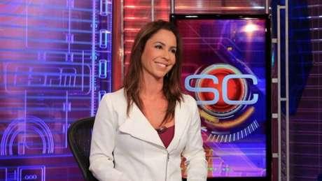 Juliana Veiga chegou na ESPN Brasil em 2012 e é elogiado pela voz (Reprodução/ ESPN Brasil)