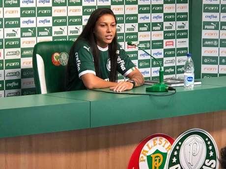 A atacante Bia Zaneratto, da Seleção Brasileira, acertou por empréstimo com Palmeiras até 1 de junho (Thiago Ferri)