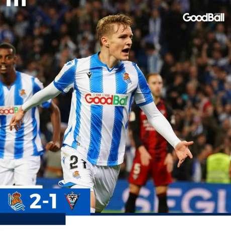 Odegaard marcou um dos gols (Foto: Reprodução / Twitter Real Sociedad)