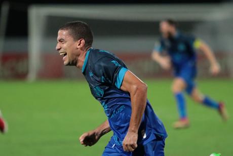 Toty marcou o gol da vitória nos acréscimos da segunda etapa (Foto: Divulgação/Rafael Melo-Santa Cruz)