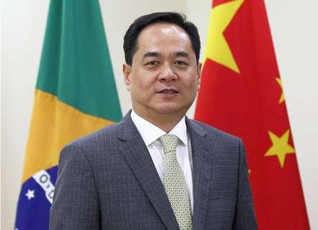 """O embaixador da China no Brasil, Yang Wanming, pede calma sobre a epidemia de coronavírus: """"Os rumores e o pânico podem ser mais assustadores do que a própria epidemia"""", diz"""