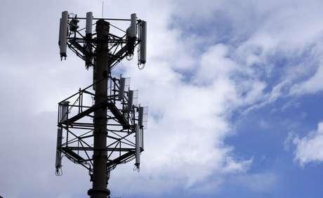 Uma torre de telecomunicações gerenciada pela American Tower é vista em Colorado, Estados Unidos 25/02/2014 REUTERS/Rick Wilking