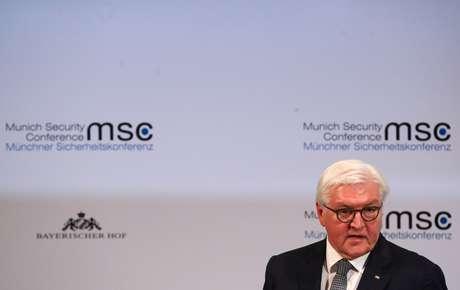 Presidente da Alemanha, Frank-Walter Steinmeier, discursa durante conferência de segurança em Munique 14/02/2020 REUTERS/Michael Dalder