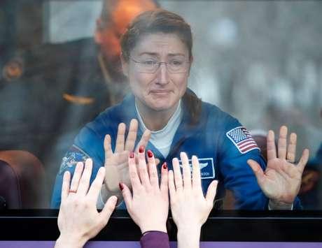 Membro da Estação Espacial Internacional, a austronauta norte-american Christina Koch. 14/3/2019.  REUTERS/Shamil Zhumatov