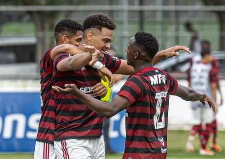 Yuri César e Rodrigo Muniz estão na lista da Libertadores Sub-20 - (Foto: Marcelo Cortes/Flamengo)