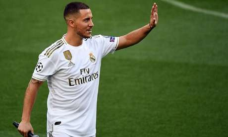 Grande contratação da temporada, Hazard deve voltar a campo neste final de semana (Foto: Gabriel Bouys/AFP)