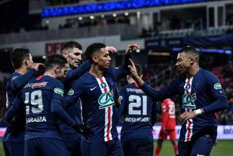 Paris Saint-Germain vem de goleada pela Copa da França (JEFF PACHOUD / AFP)